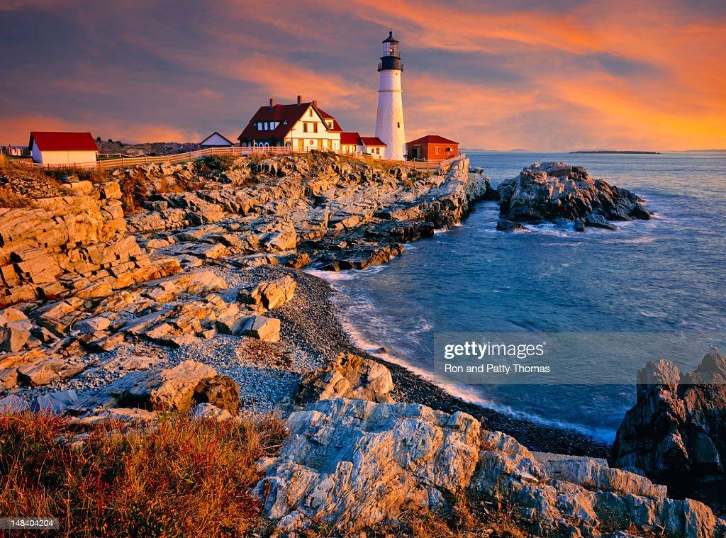 A Lighthouse And Shoreline On The Coast Of Maine Usa Stock
