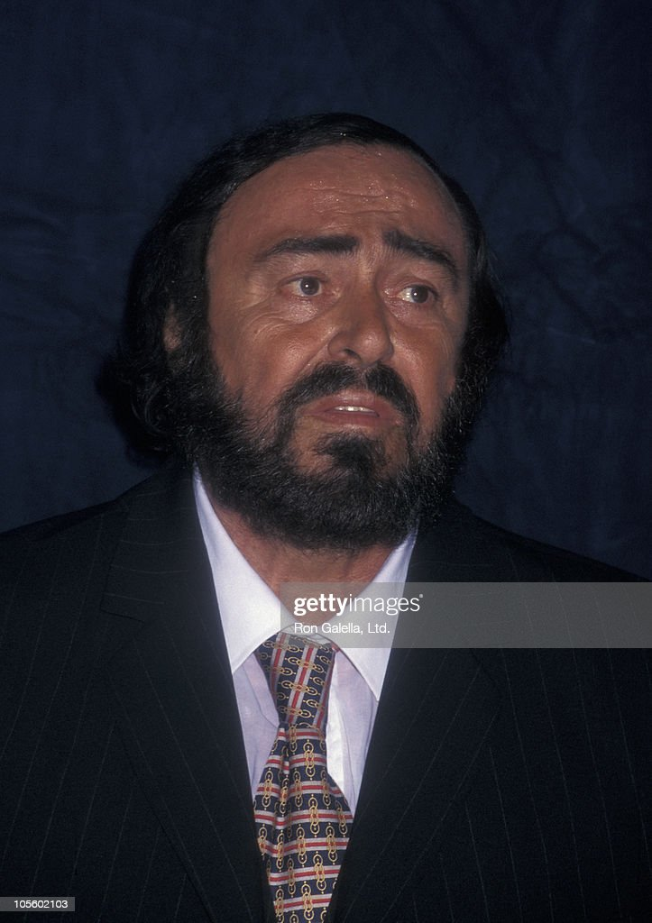 Luciano Pavarotti Stock Photos And Pictures Getty Images