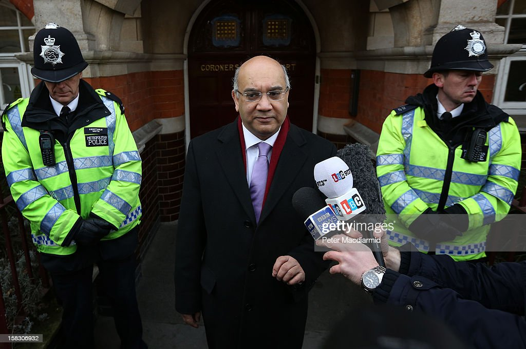 Member of Parliament Keith Vaz talks to reporters on behalf of the... News Photo - Getty Images