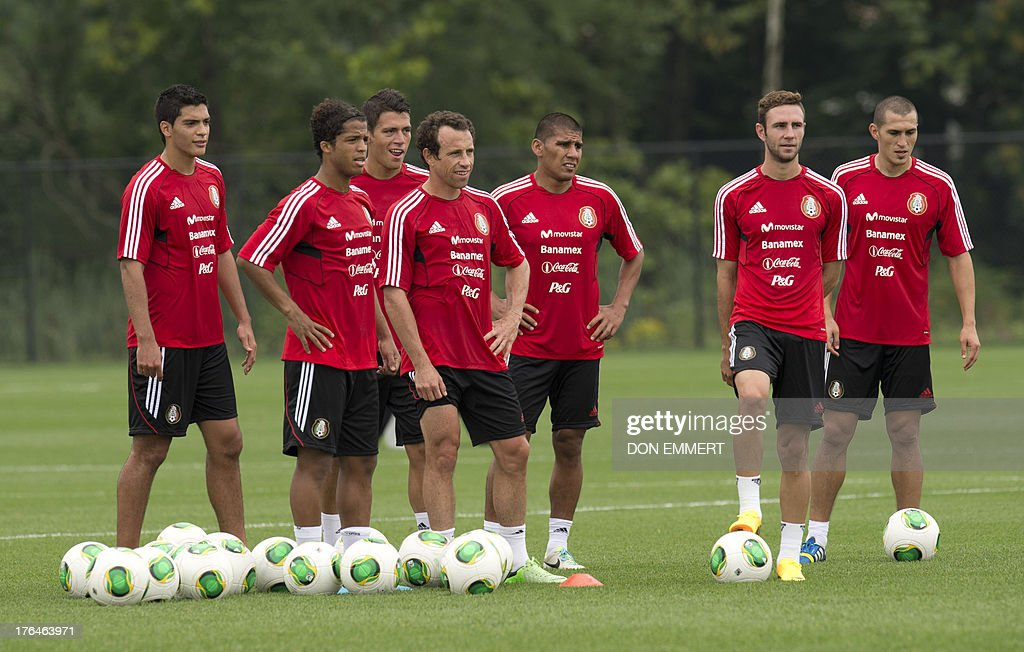 Mexico National Soccer Team Stock Photos and Pictures