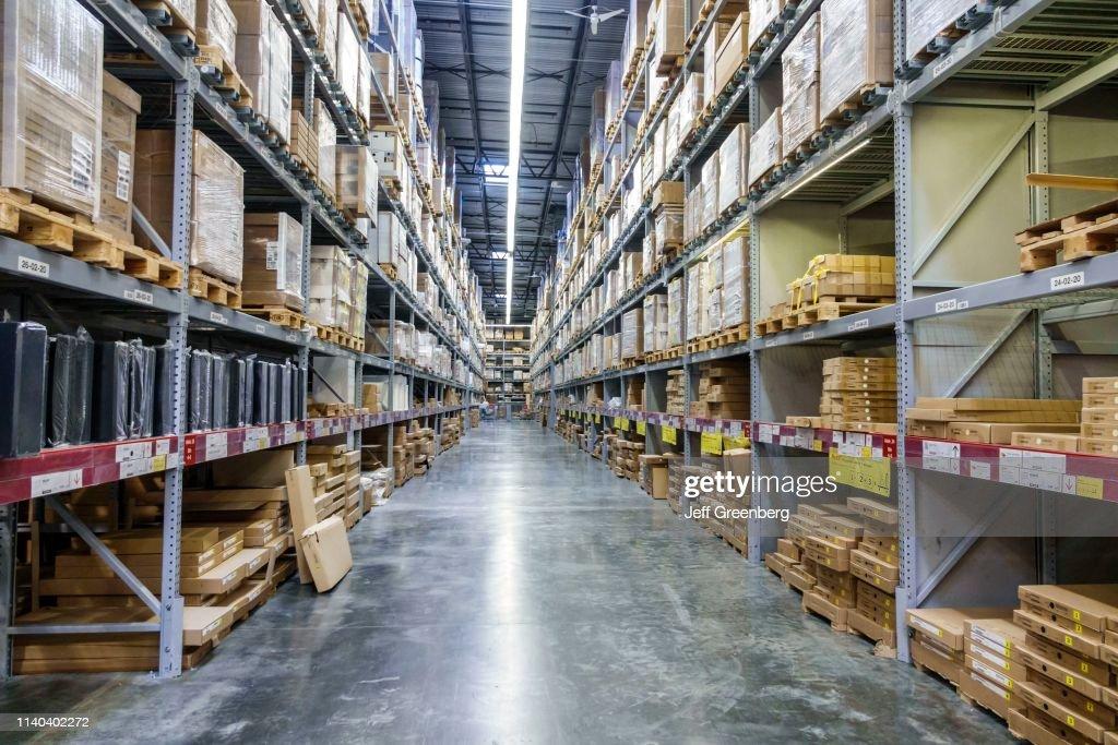 https www gettyimages de detail nachrichtenfoto miami doral ikea furniture warehouse nachrichtenfoto 1140402272