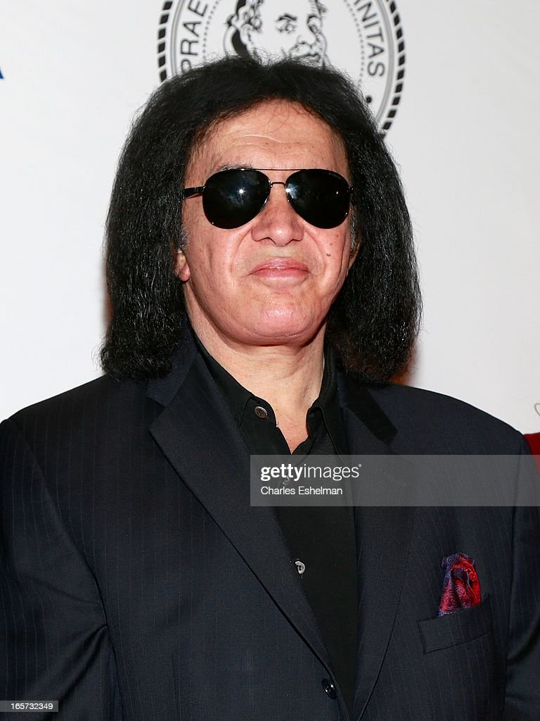 Gene Simmons Roast Photos and Premium High Res Pictures