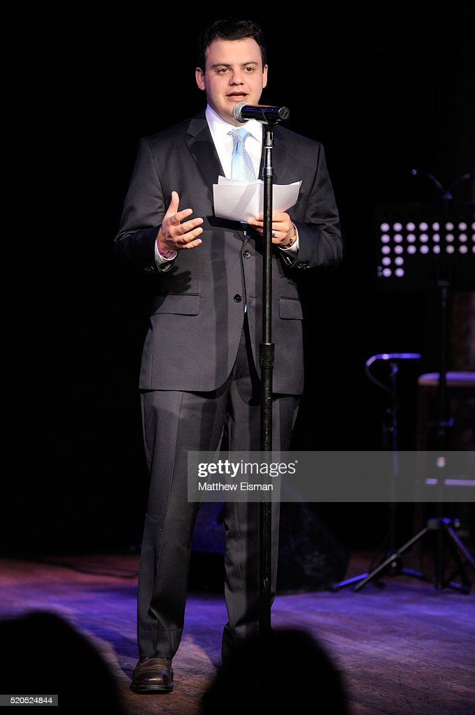Nick Family Singing Show : family, singing, Ackerman, Photos, Premium, Pictures, Getty, Images