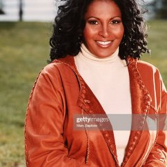 Reclining Sofa Leather Brown Gus Spencer Sale Pam Grier Photos – Pictures Of | Getty Images