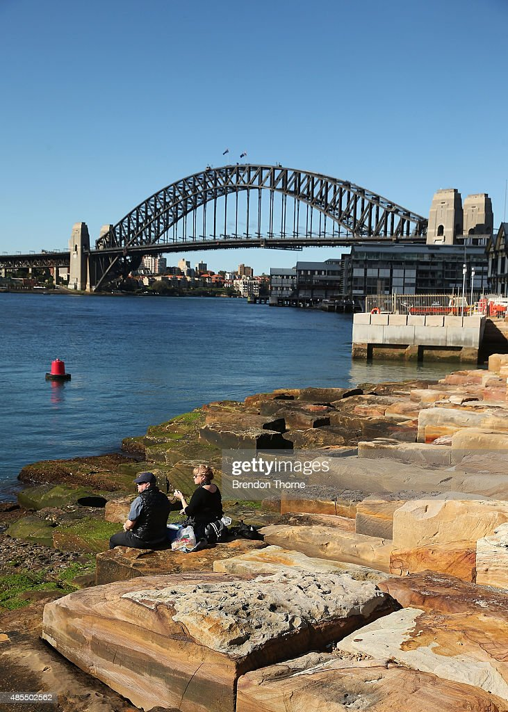 People picnic at Barangaroo Reserve on August 28. 2015 in Sydney.... News Photo - Getty Images