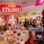 Famed Toy Store F A O Schwarz To Close It S Doors Getty