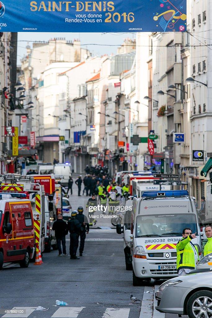 Rue De La République Saint Denis : république, saint, denis, 10,342, Saint, Marc's, Photos, Premium, Pictures, Getty, Images