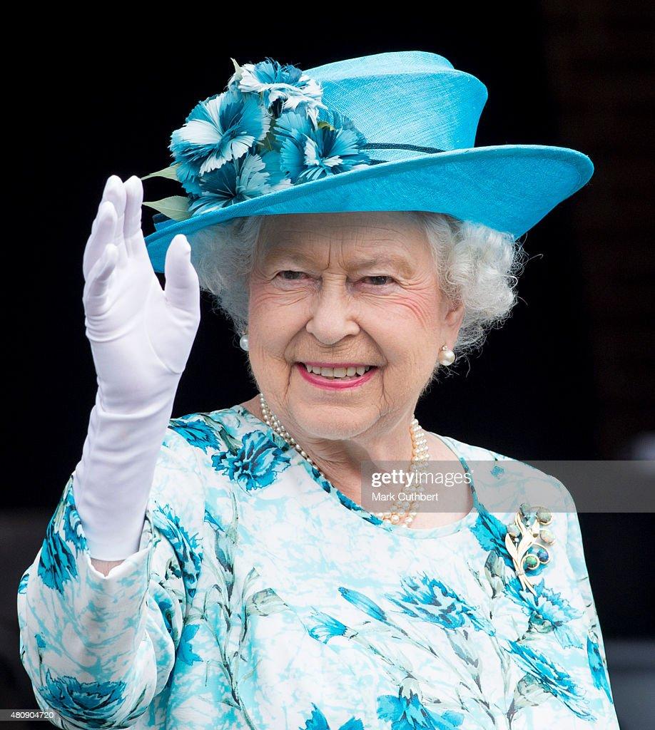 In Focus Queen Elizabeth Ii In Profile Photos And