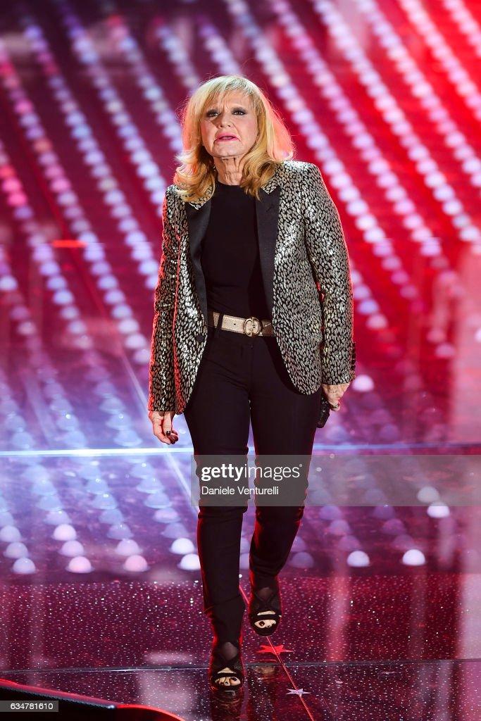 Rita Pavone Stock Fotos Und Bilder Getty Images