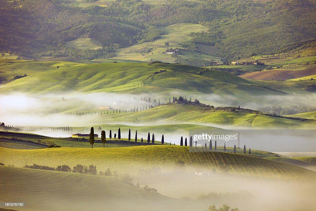 Paesaggio Collinare Foto e immagini stock  Getty Images