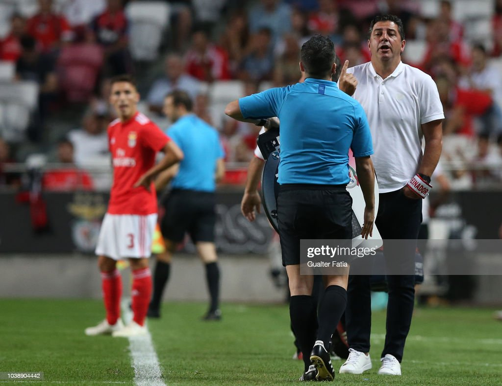 Rui Vitoria of SL Benfica in action during the Liga NOS match between... News Photo - Getty Images