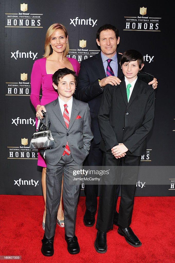 Steve Young Family : steve, young, family, Steve, Young, Family, Attend, Annual, Honors, Mahalia..., Photo, Getty, Images
