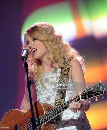 Jackson Taylor Swift CMT