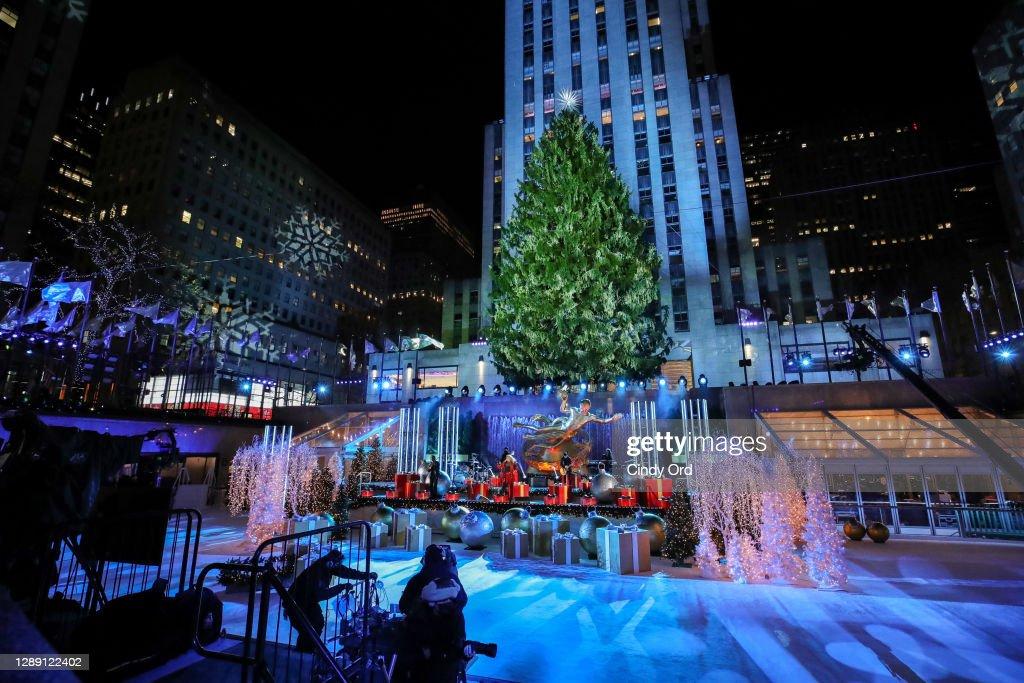 https www gettyimages de fotos rockefeller center christmas tree lighting ceremony