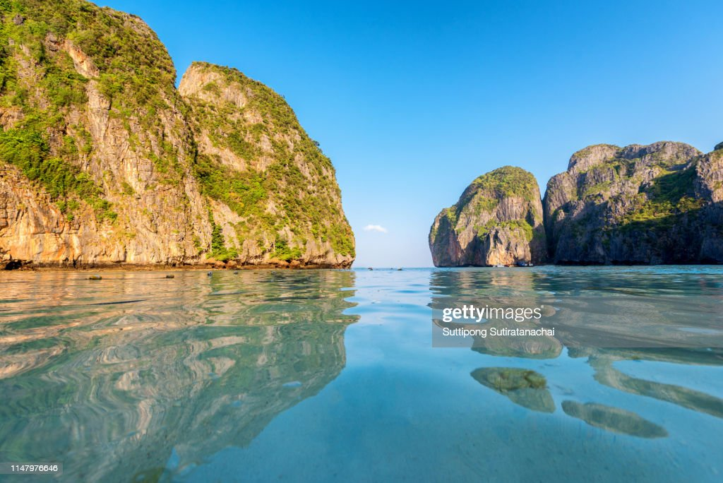 Travel Vacation Background Tropical Island With Resorts Phiphi Island Krabi Province Thailand High Res Stock Photo Getty Images