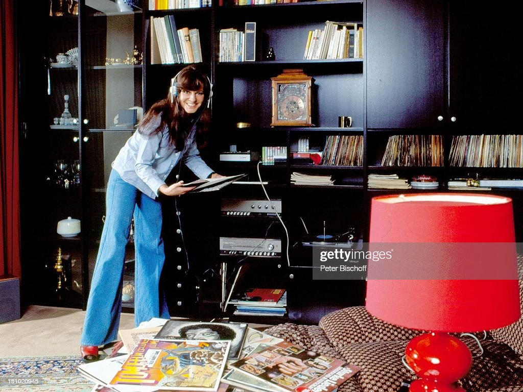 Uschi Nerke Homestory PenthouseWohnung Bremen 01071976 W Pictures  Getty Images
