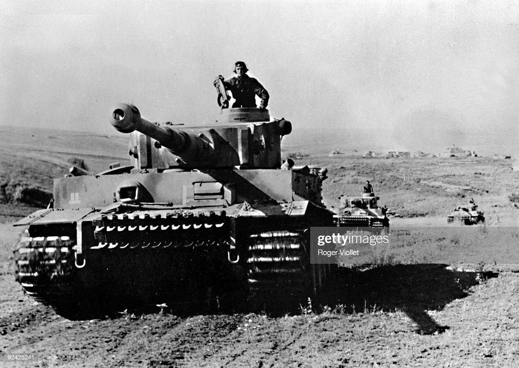 World War II. Russian front. Battle of Kursk. German Panzer VI Tiger... News Photo - Getty Images
