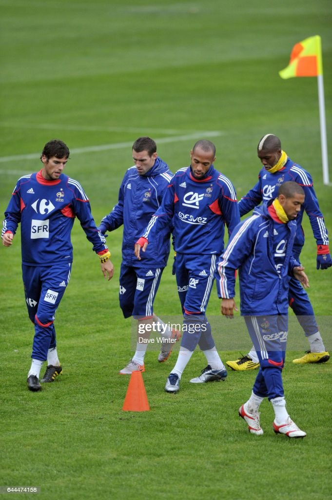 Coupe Du Monde De Football 2010 : coupe, monde, football, Yoann, GOURCUFF, Thierry, HENRY, Coupe, Monde, Entrainement..., Photo, Getty, Images