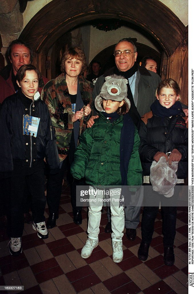 Yves Mourousi Et Marie Laure Augry : mourousi, marie, laure, augry, Mourousi,, Sophie, Marie-Laure, Augry, Premiere, Of..., Photo, Getty, Images