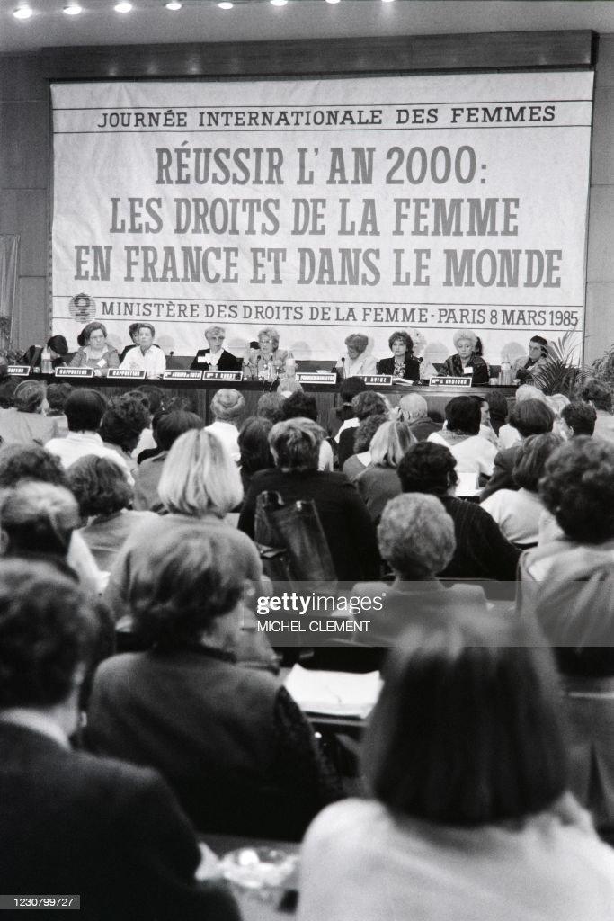 Yvette De France Photos Monde : yvette, france, photos, monde, Yvette, Michel, Photos, Premium, Pictures, Getty, Images