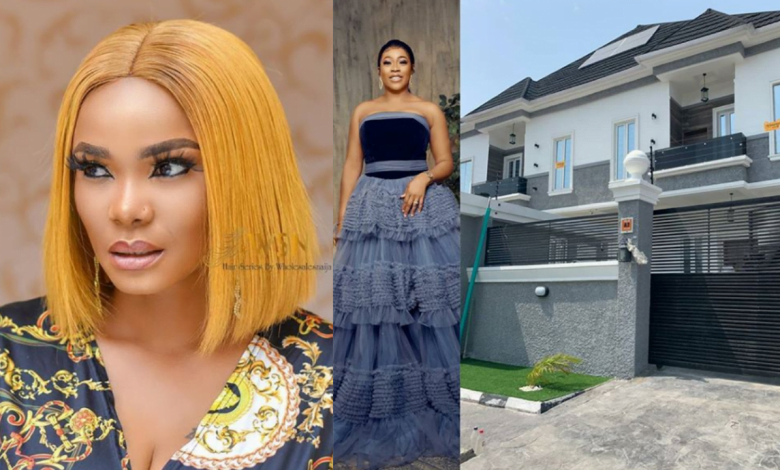 Iyabo Ojo celebrates Her Bestfriend, Actress Omo Britico As She Owns A New Home thumbnail