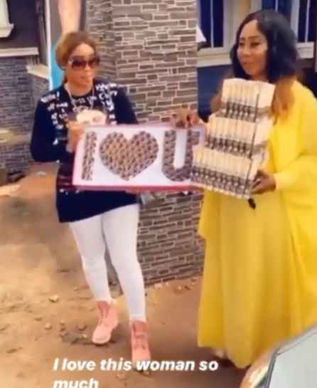 Former BBNaija Star, Nina Ivy Gifts Her Mom A Car To Celebrate Her 60th Birthday (PHOTOS/VIDEO) – MusBizusBlog