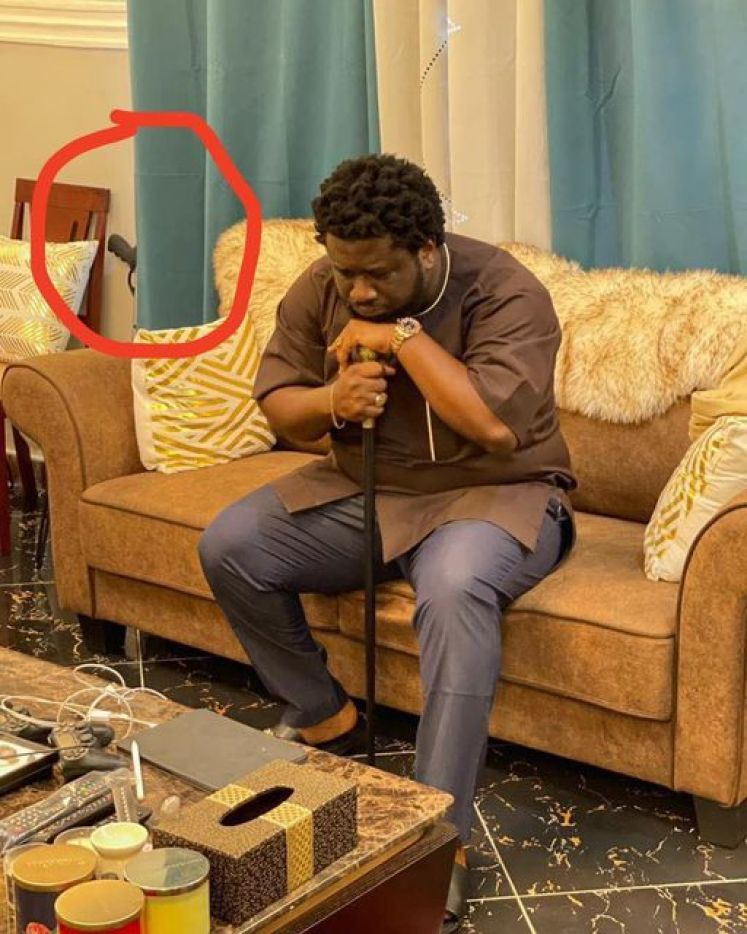 Prophet Ajagurajah Spotted With Gun In His Room Meanwhile He Tells Church Members to Ask God For Protection