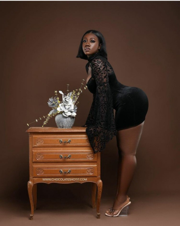 Hajia Bintu Does it Again As She Wins More Fans By Dazzling In An All Black Outfit