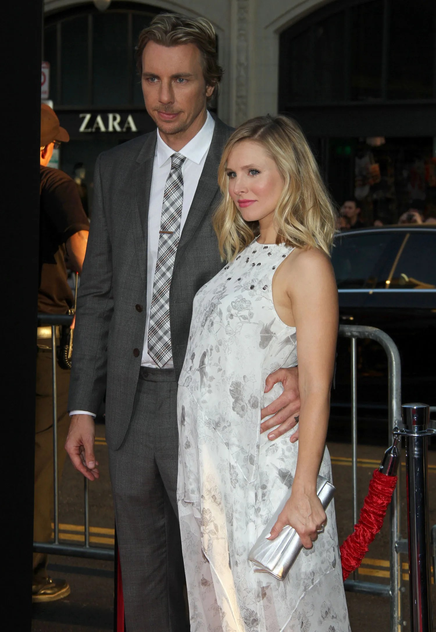 Dax Shepard Tattoos : shepard, tattoos, Shepard, Tattoo, Picture,, Kristen, Engagement, Ring;, Celebrity, Weddings, Glamour