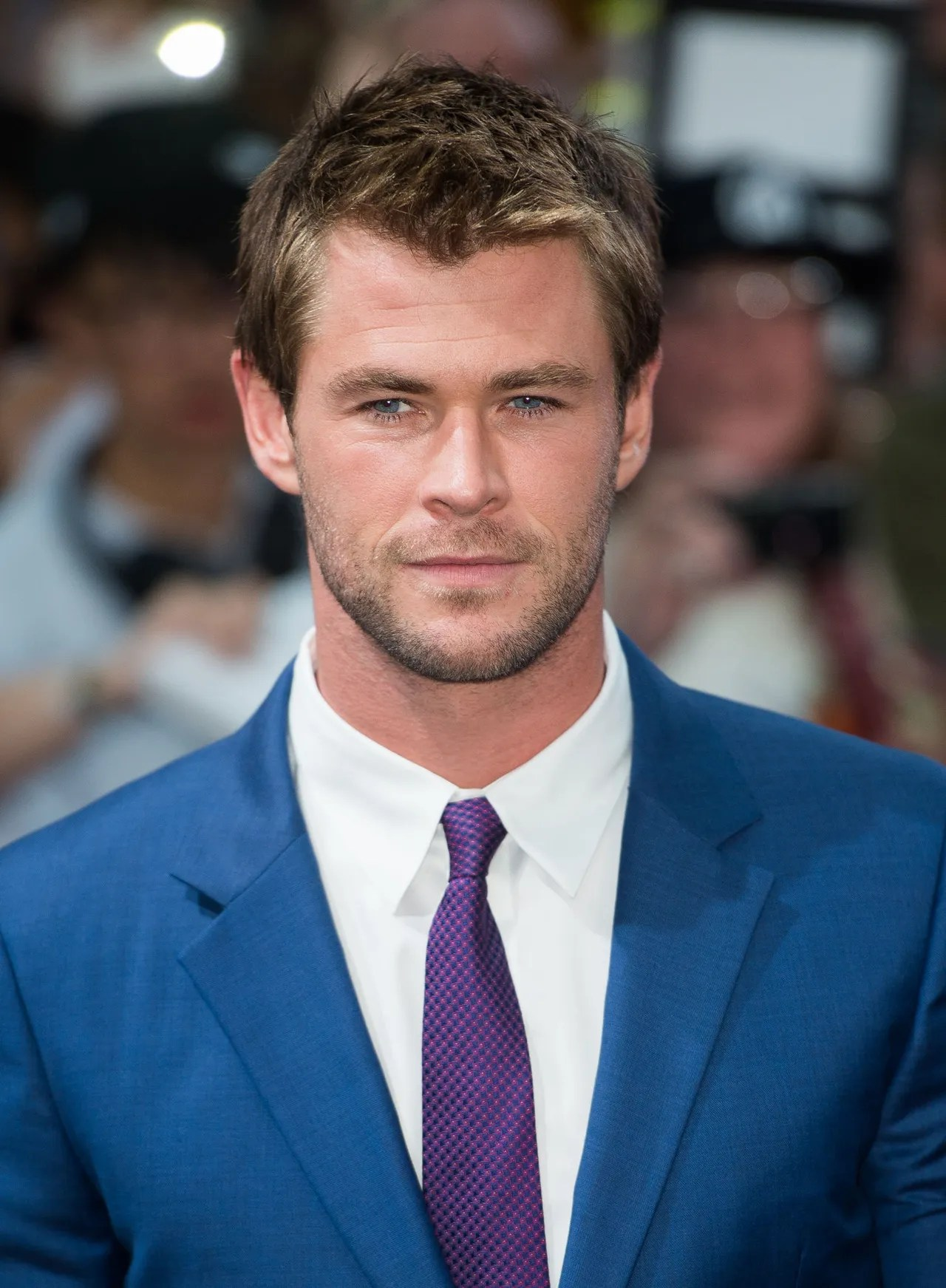 Chris Hemsworth Talks Trading In His Thor Costume For In