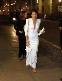 Shailene Woodley Divergent Premiere White Dress Shoes