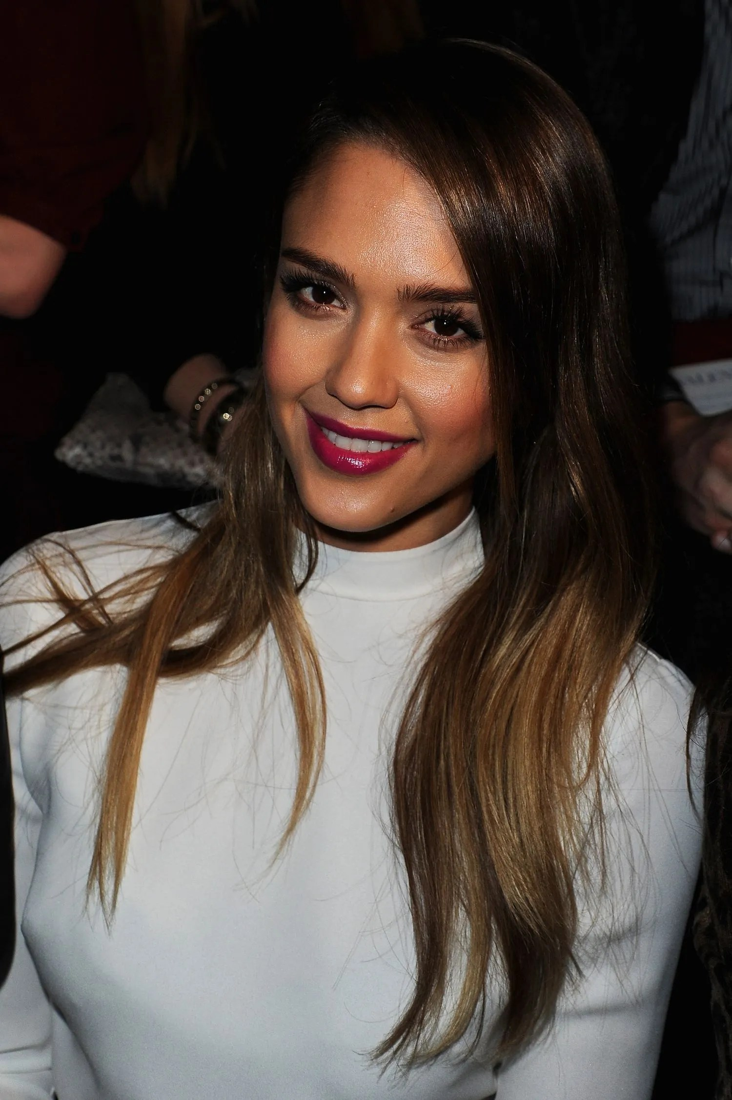 How Is It That Jessica Alba Looks Amazing In EVERY