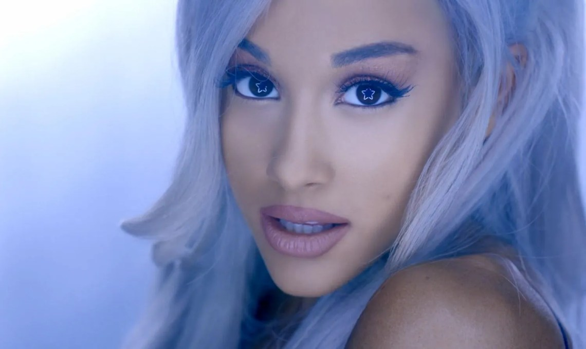 beauty 2015 10 ariana grande purple hair main Ariana Grande Platinum Blonde Hair