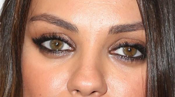 Apply Eyeliner Mila Kunis Glamour