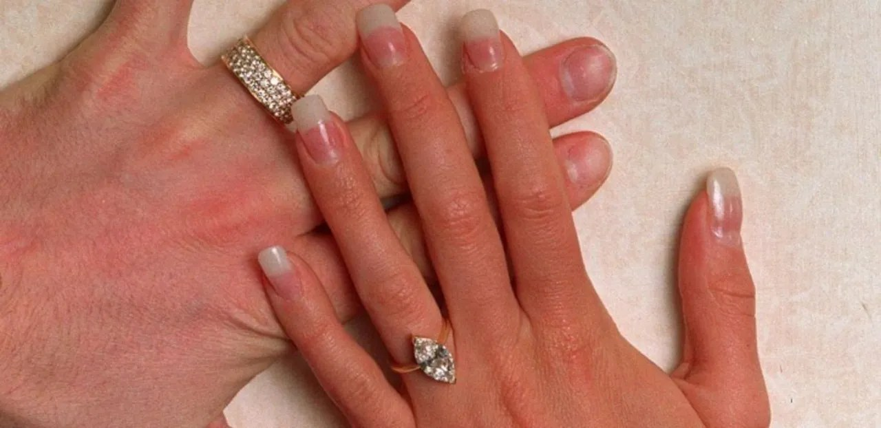 Victoria Beckham Engagement Ring Pictures David Beckham