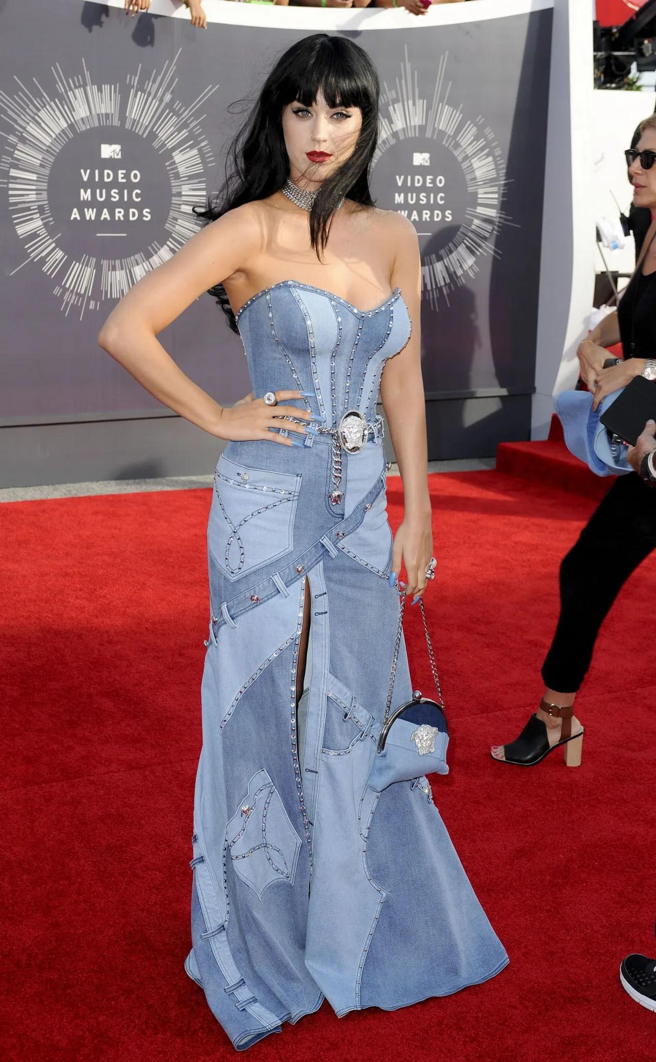 The MTV VMAs Most Memorable Red Carpet Fashion Moments