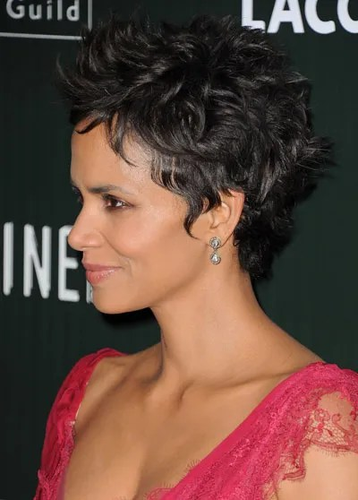 Halle Berry Short Curly Hair : halle, berry, short, curly, Random, Obsession, Halle, Berry's, Curly, Sideburn-like, Pieces, Glamour