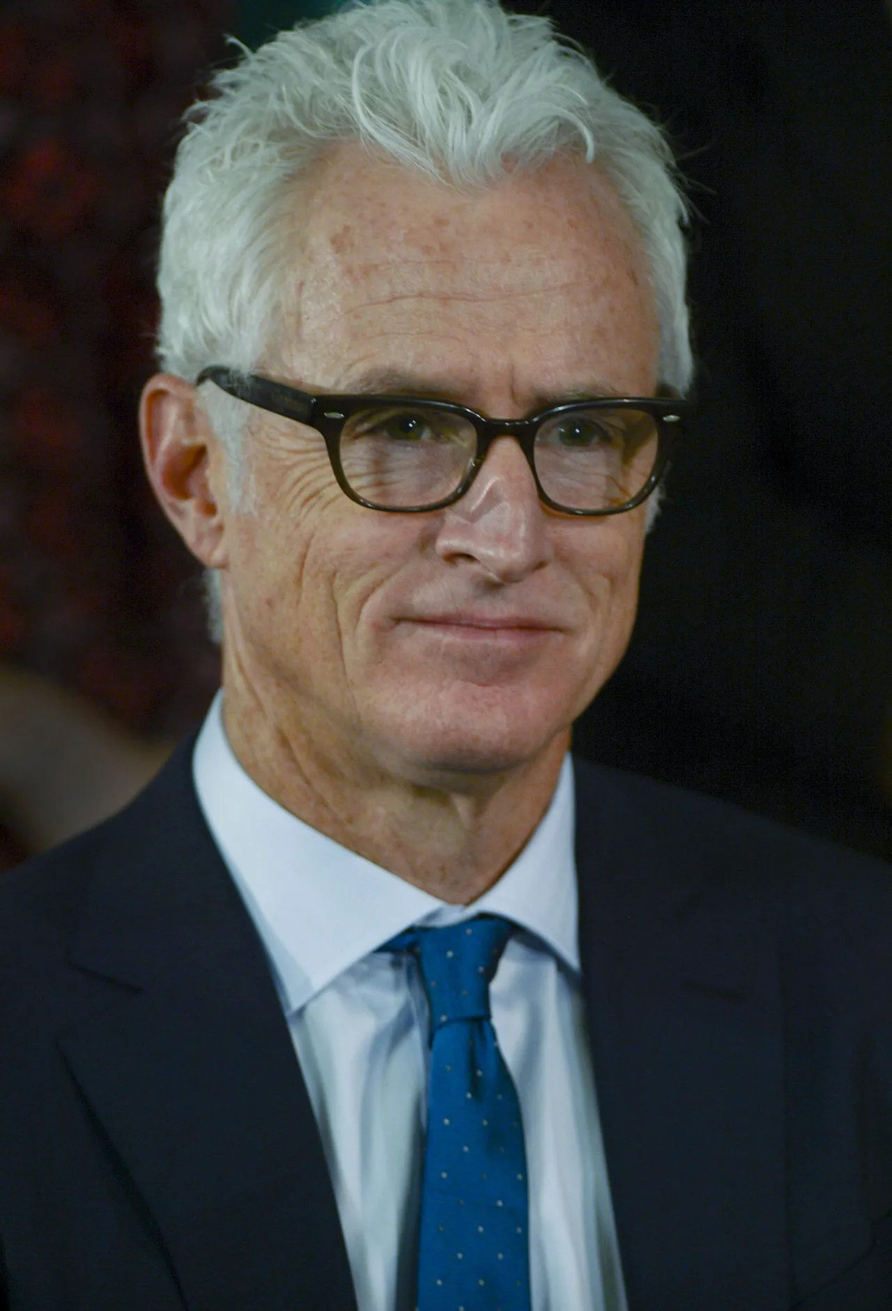 Mad Mens John Slattery Discusses His Gray Hair On Watch