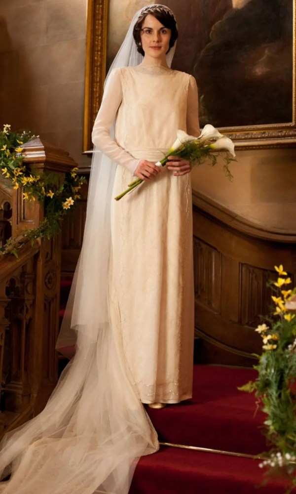Lady Mary Crawley' 15 Dresses And Outfits Downton