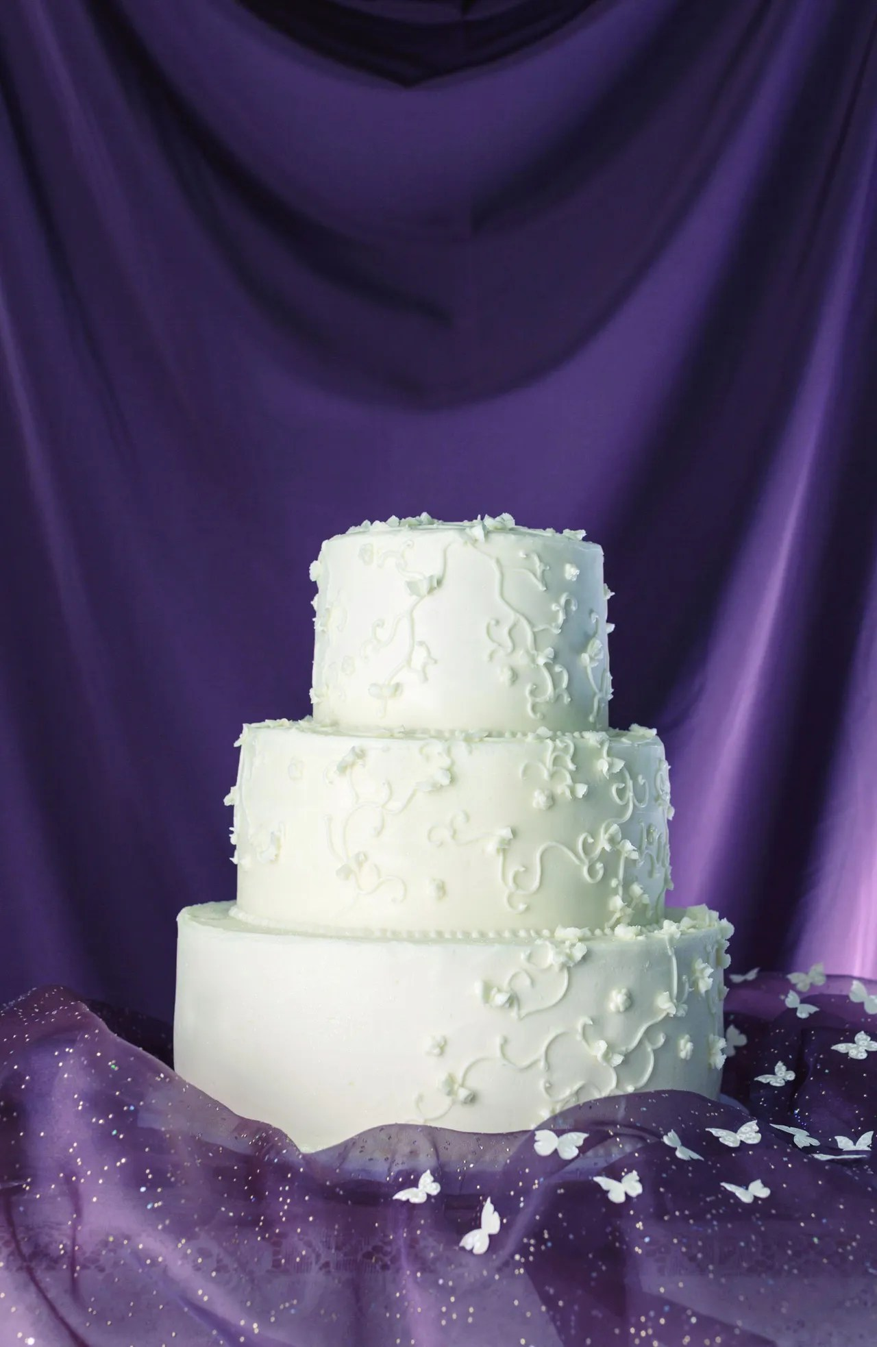 21 Magnolia Bakery Wedding Cakes That Look So Delicious NO Fondant You Might Try to Eat Your