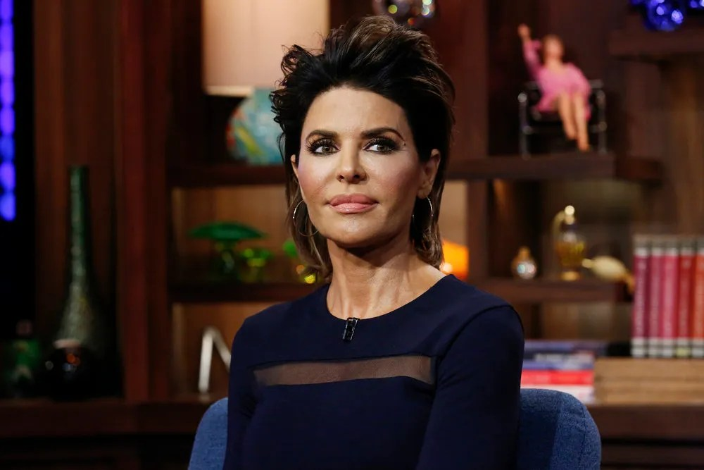 Lisa Rinna Debuted A New Hairstyle On Watch What Happens