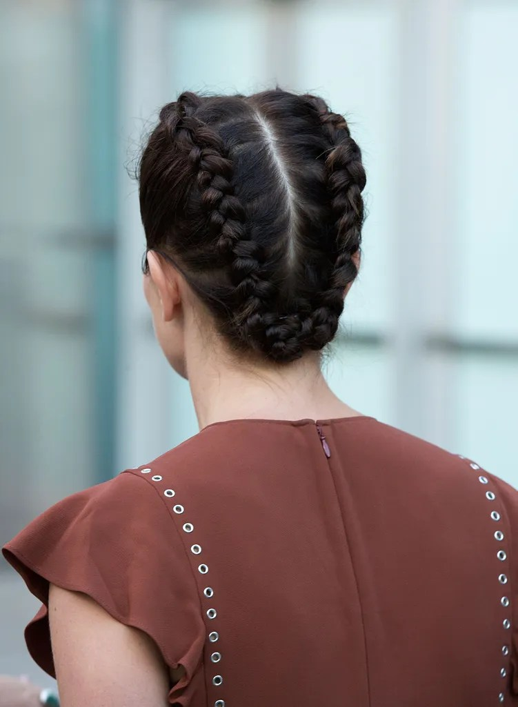 10 Cute Summer Hairstyles for When Its So Hot You Cant Even Deal  Glamour