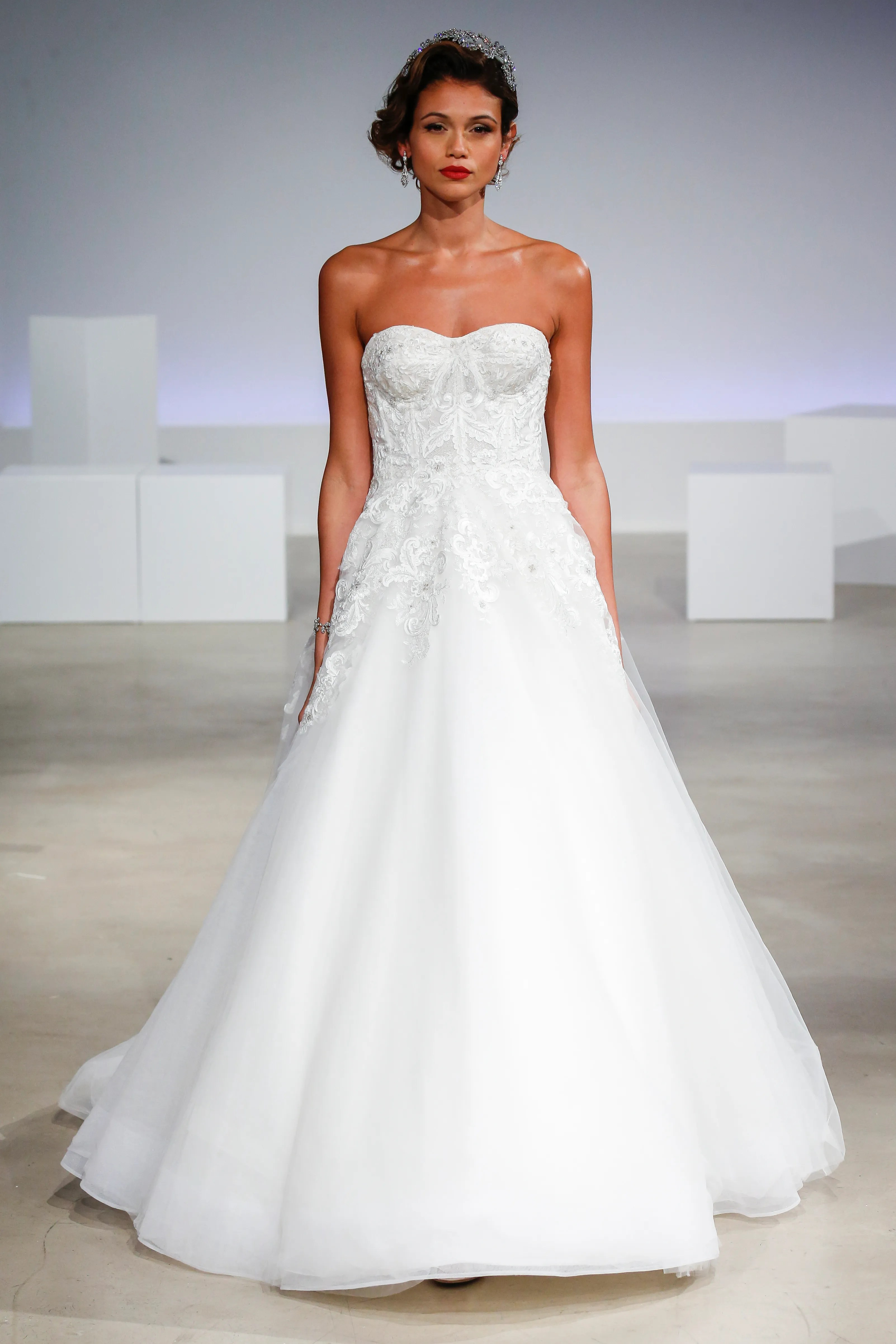 49 Gorgeous Wedding Dresses Youve Never Seen Before