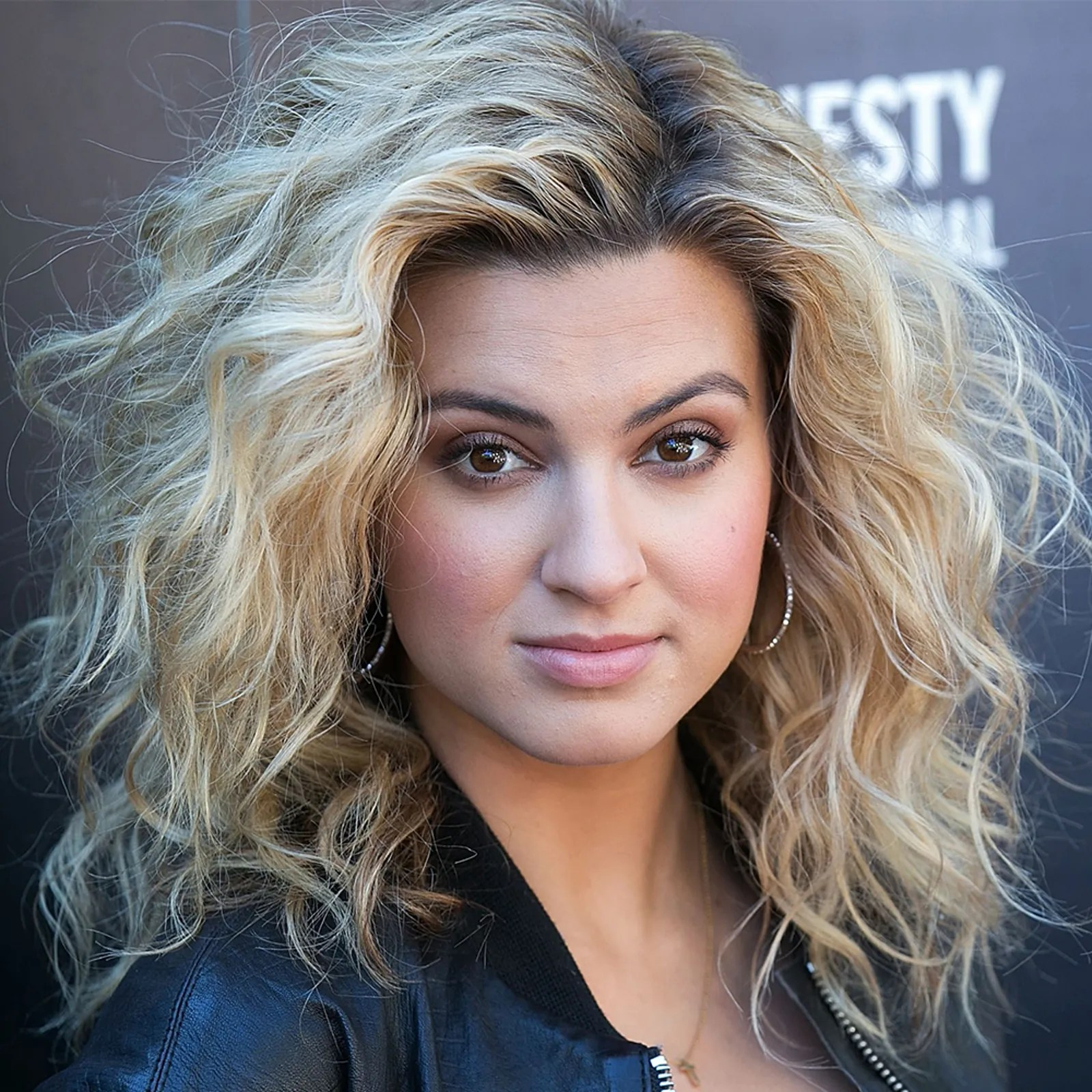 Spring Hairstyles 2018 Spring Haircut and Color Ideas for Short Medium and Long Hair  Glamour