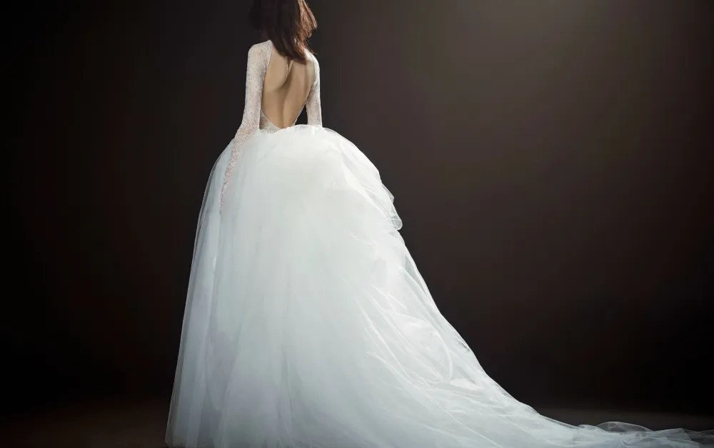 Vera Wang Bridal & Wedding Dress Collection Spring 2018