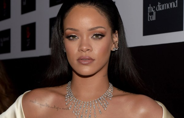 Rihanna' Response Body-shamers Perfect Of Glamour