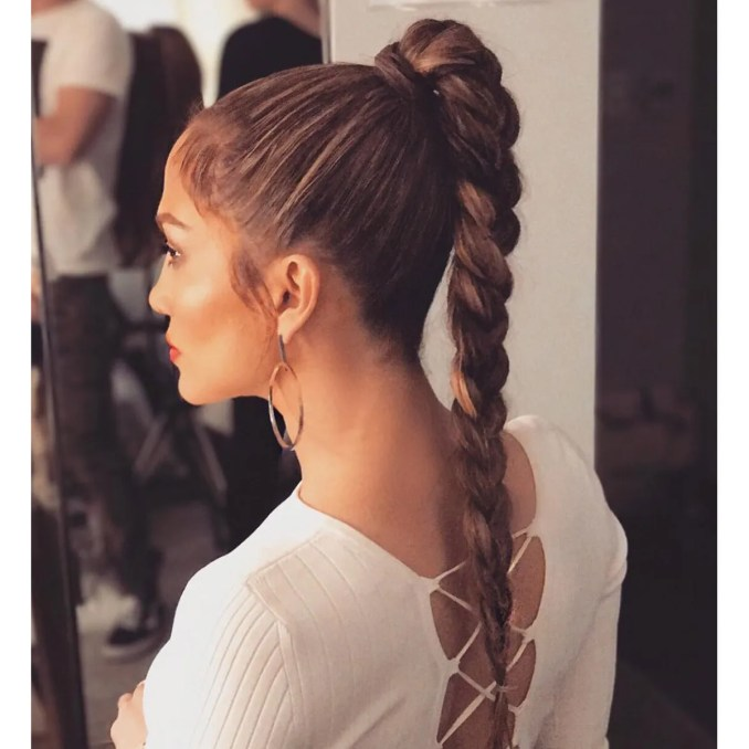 37 cool ponytail hairstyles to try in 2019 | glamour