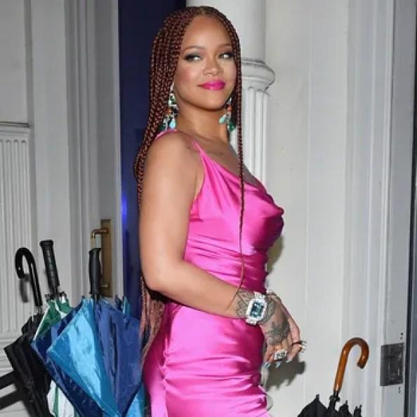 Rihanna brise le silence face à la rumeur concernant sa grossesse