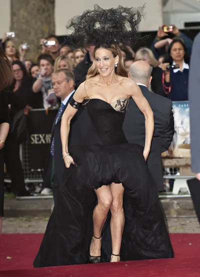 Sarah Jessica Parker Arrives At The Uk Film Premiere Of 'Sex And The City 2' At Odeon Leicester Square On May 27 2010 In...