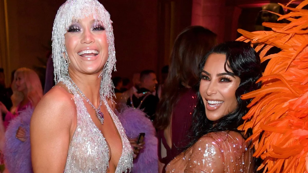 """A-Rod just spilled all the details about their """"beautiful"""" friendship and Kim's"""